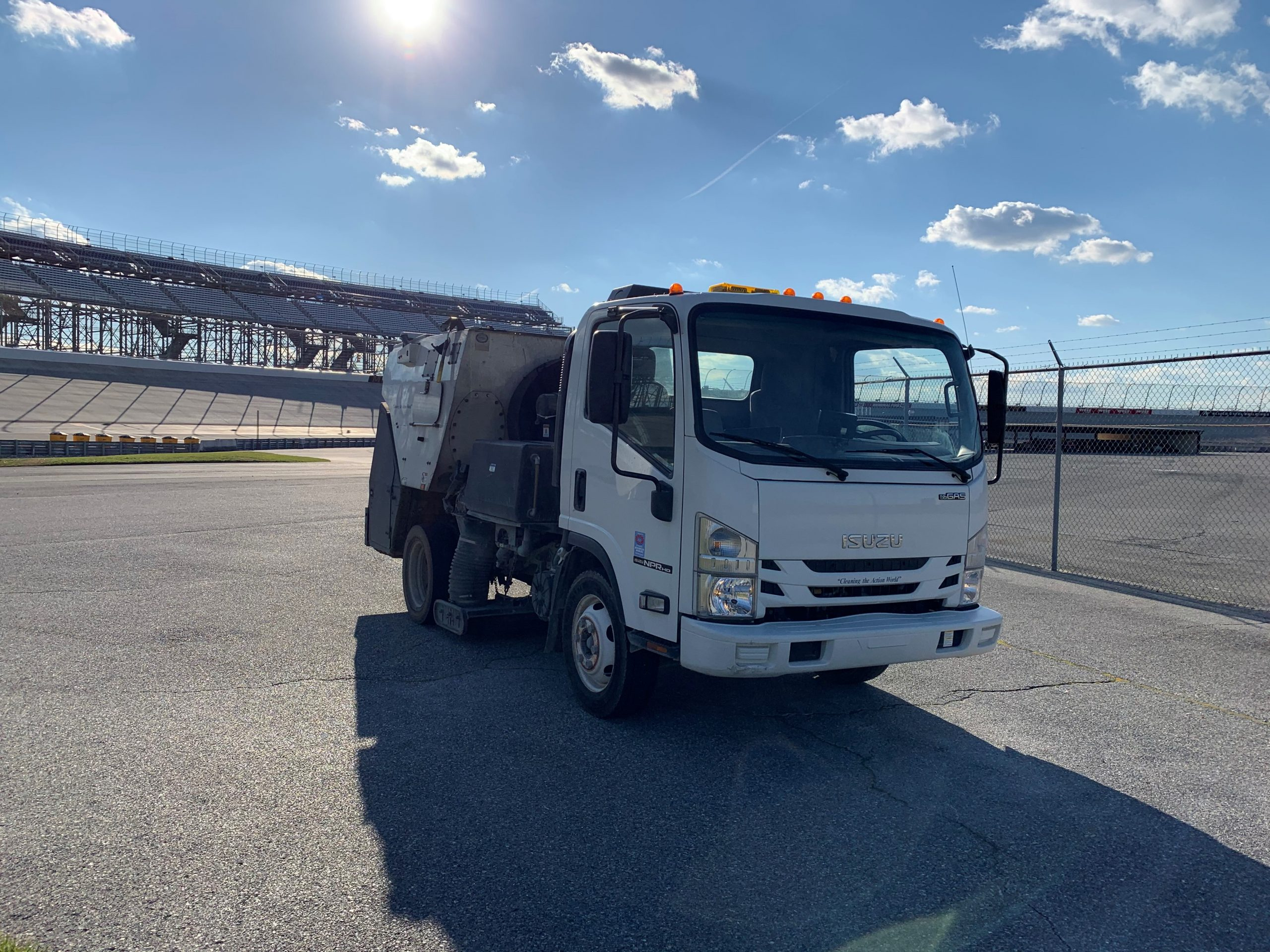 image of street sweeper truck